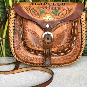 Vintage 70s 80s Tooled Leather Mexico Purse Bag